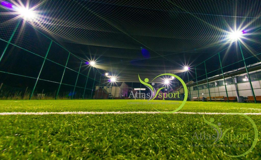 nocturna teren de sport