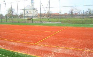 Futball pálya rendezése szintetikus gyeppel