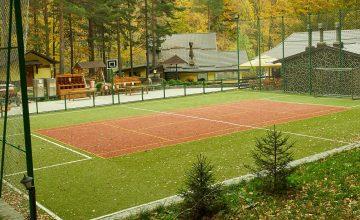 Multifunkcionális sport pálya a Domeniul Girbea panziónál.