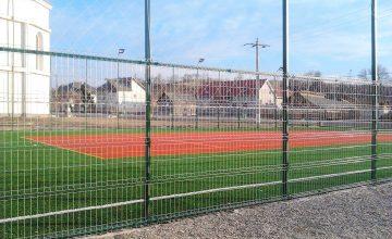 Imprejmuire gard teren de sport artificial pentru fotbal